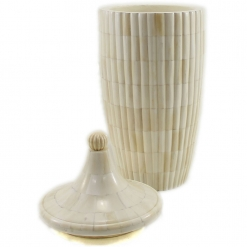 Maise Natural Ivory Urn